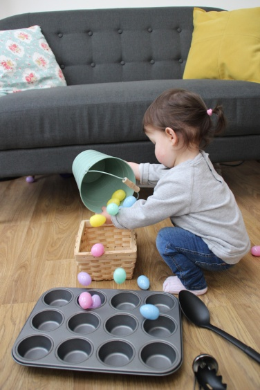 Easter-Egg-Bucket-Tip