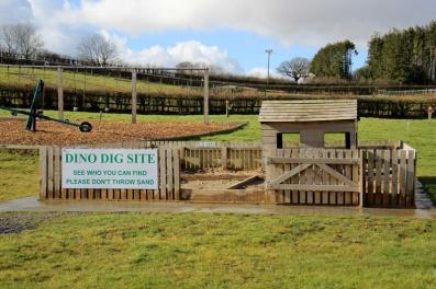 Tenby-Dinosaur-Park-Dino-Dig-Site