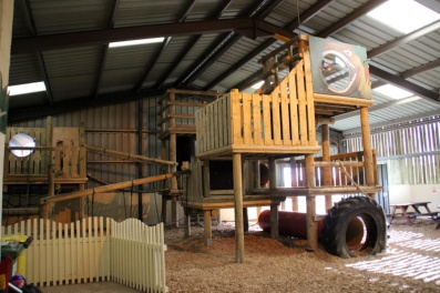 Tenby-Dinosaur-Park-Play-Barn-