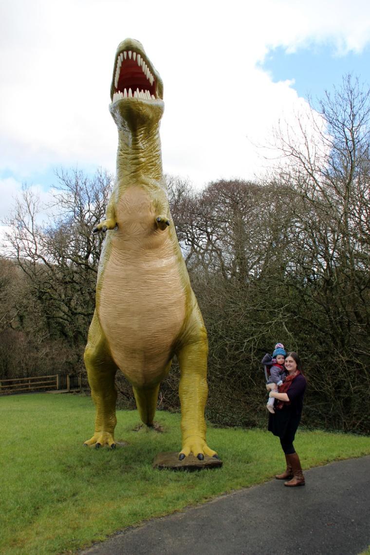 Tenby-Dinosaur-Park-T-Rex