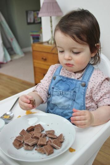 Chocolate-Cornflake-Cakes-12
