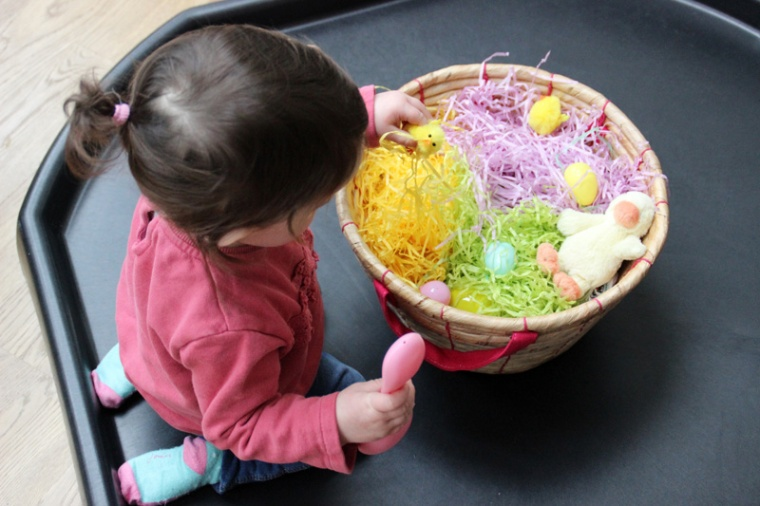 Easter-Egg-Hunt-Sensory-Basket-11