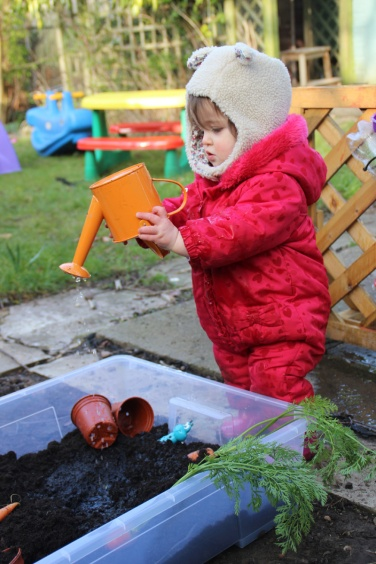 Mud-kitchen-Carrot-Soup-10