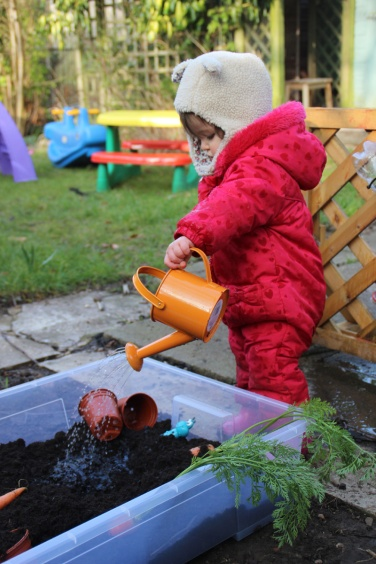 Mud-kitchen-Carrot-Soup-11