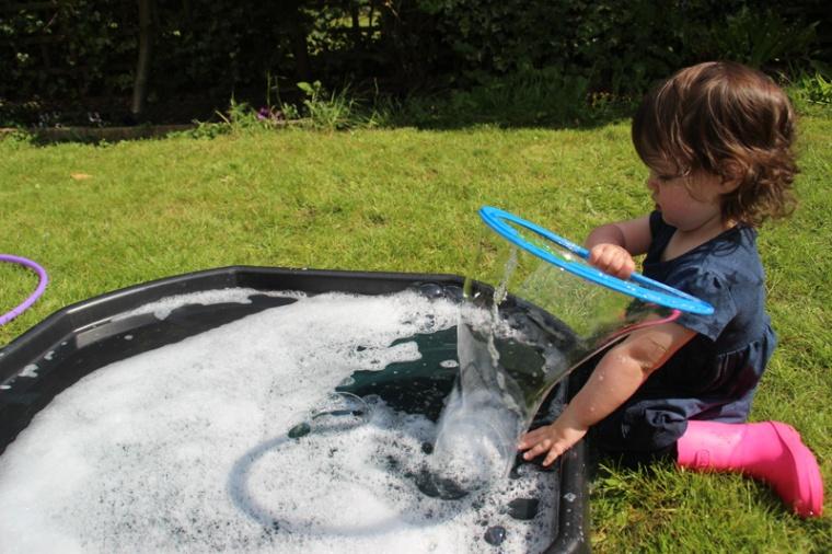 Giant-bubbles-6