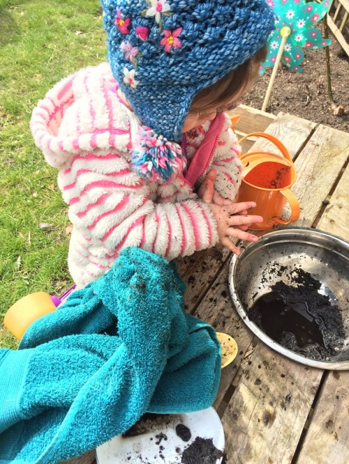 Mud-Kitchen-Messy-Hands