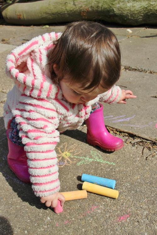 Pavement-chalk