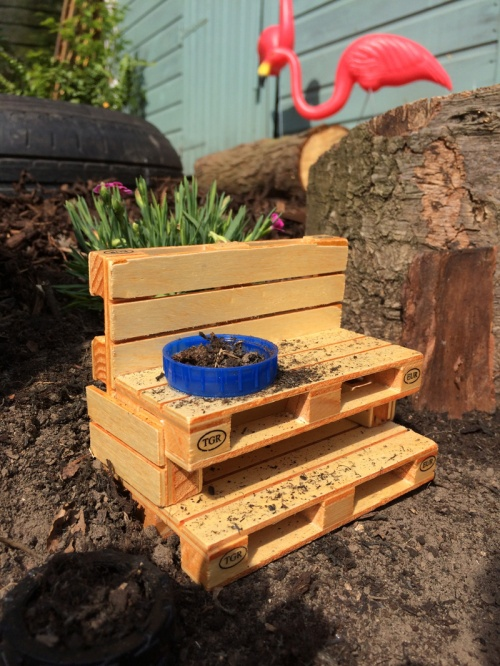 1-mini-mud-kitchen
