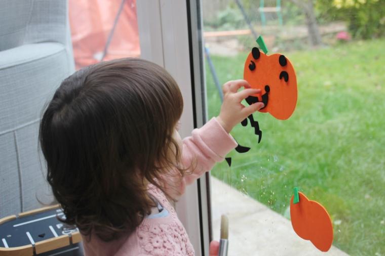 foam-pumpkin-window-stickers-4