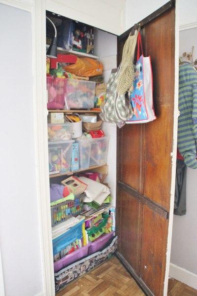 toy-cupboard