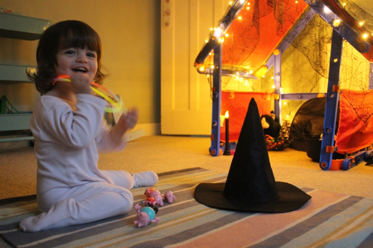 witches-hat-ring-toss-2