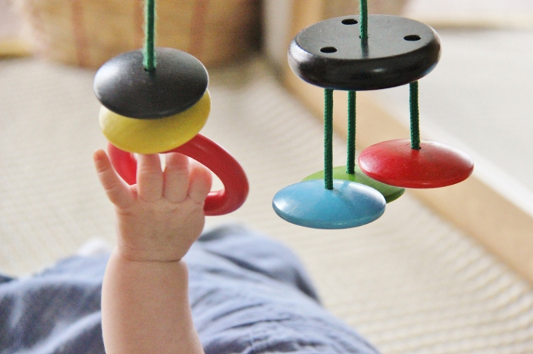 Hanging-toys-IKEA-playgym
